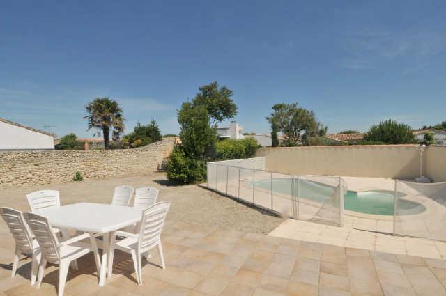 Location vacances, ile de ré, charmante villa, au calme, comprenant : entr ...