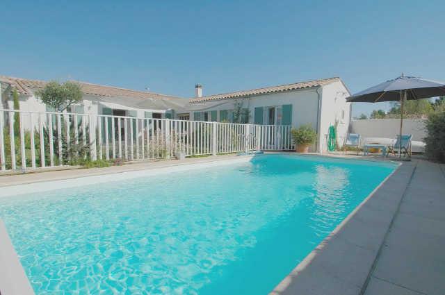 Villa avec piscine le bois plage en re  6 pers.
