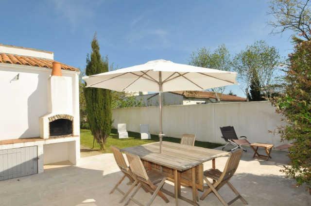 Location vacances, ile de ré, villa au calme,  sur une parcelle de 600 m² ...