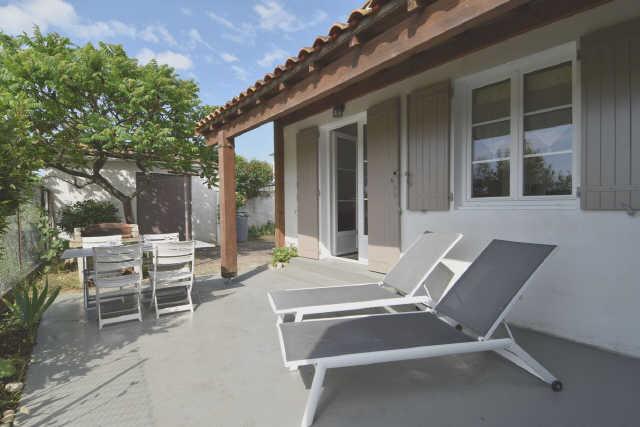 Location vacances, ile de ré, petite villa individuelle, de plain pied, fa ...