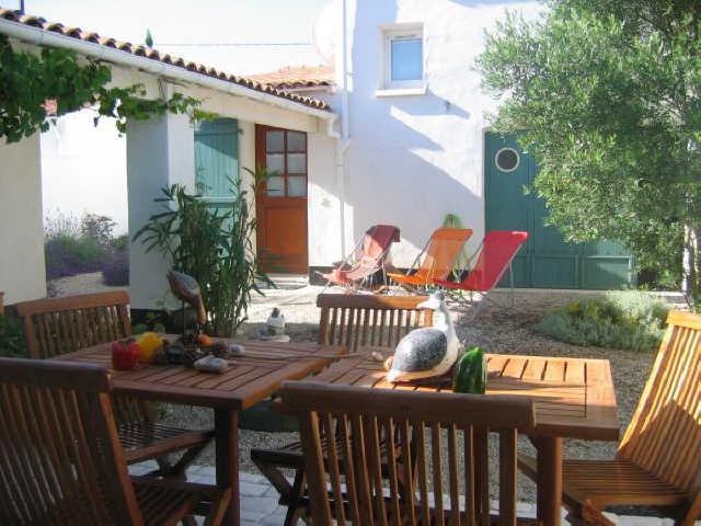 Villa 5 pièces les portes en re  6 pers.