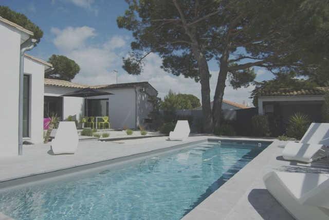 Trés jolie villa, à proximitée des plages et des commerces, comprenant p ...