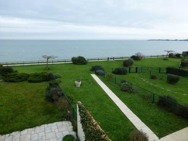 Charmante villa à la décoration atypique et une superbe vue mer, comprena ...