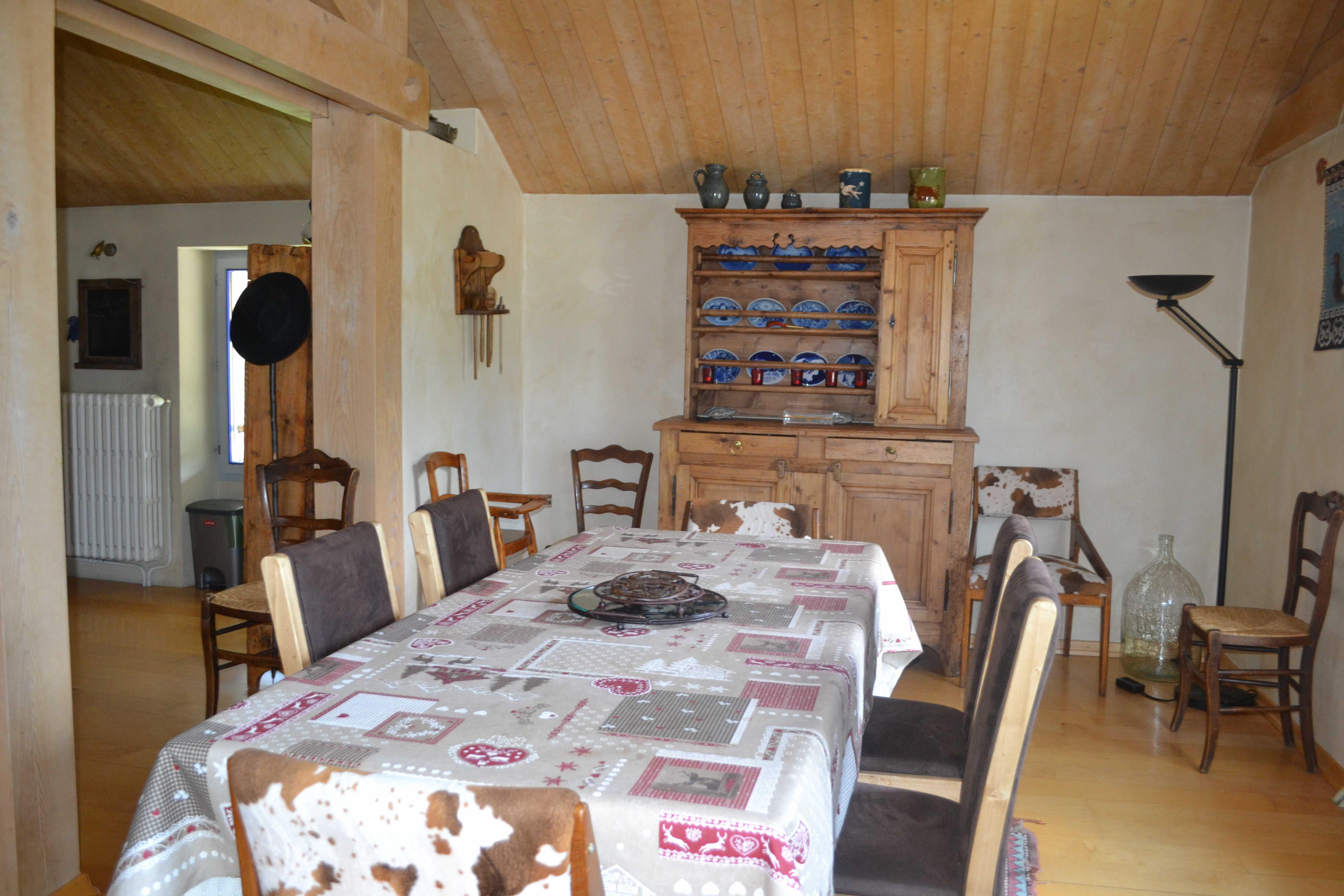 5 pièces pour 8 personnes en location de vacances à Praz Sur Arly
