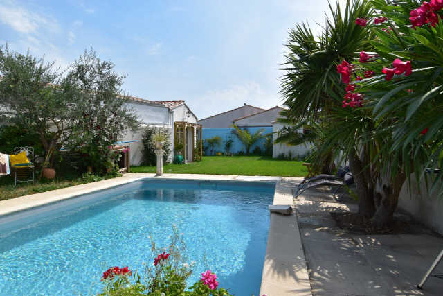 Villa avec piscine rivedoux plage  6 pers.