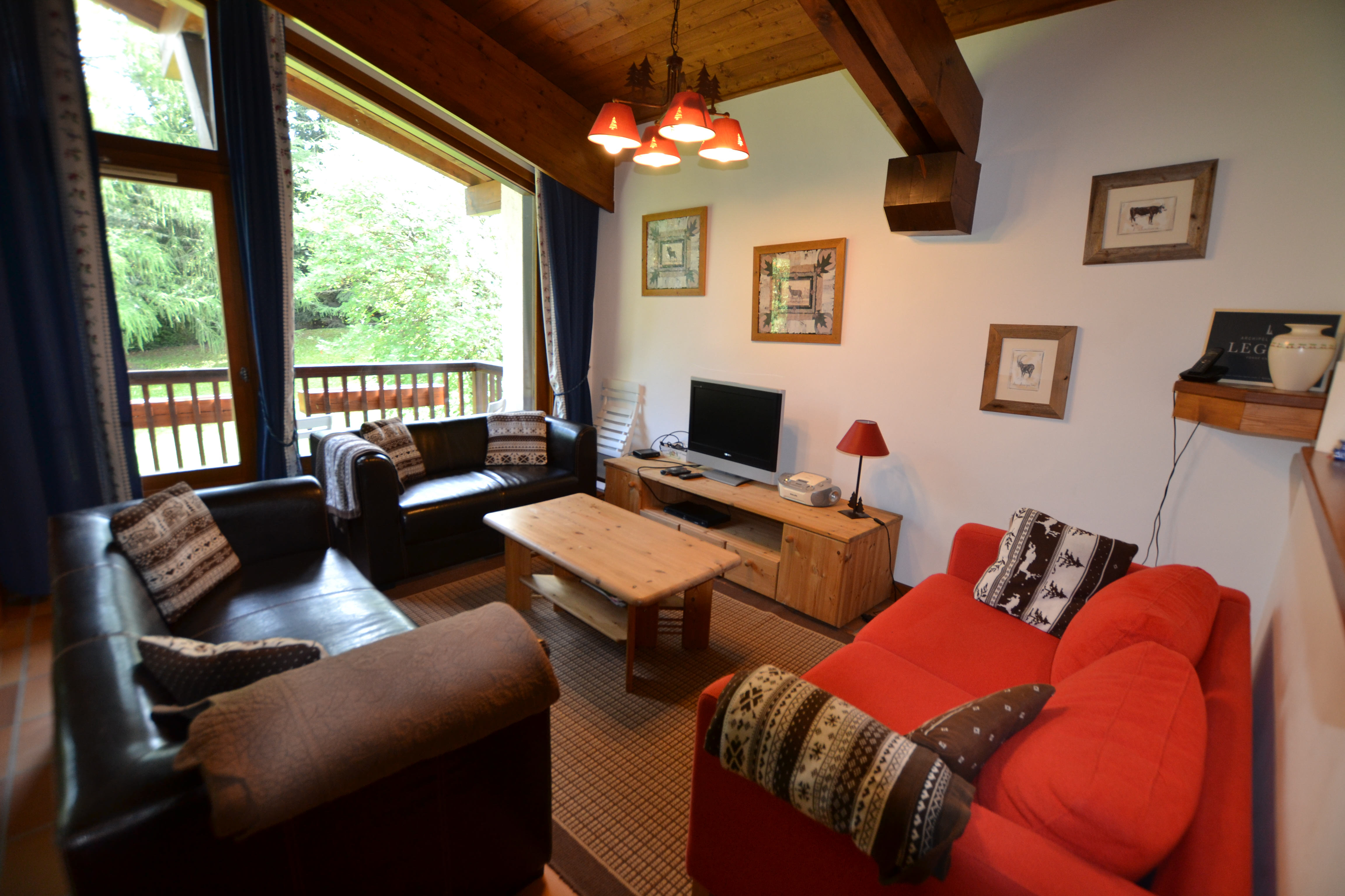 5 pièces confort pour 8 personnes en location de vacances à Megeve