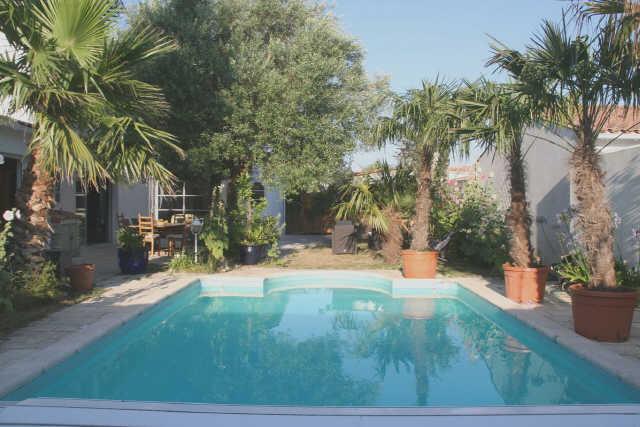 Villa avec piscine rivedoux plage  10 pers.