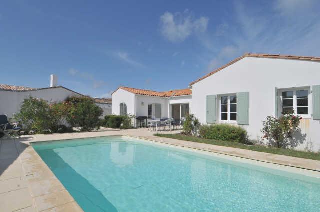 Villa avec piscine sainte marie de re  12 pers.