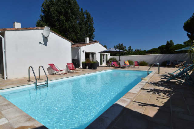 Villa avec piscine le bois plage en re  12 pers.